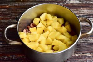 Тушеная картошка с фасолью и курицей