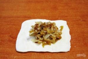 Пирожки с капустой из слоеного теста - фото шаг 5