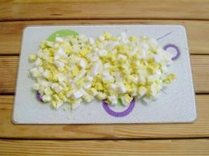 Пирожки с яйцом и зеленью - фото шаг 6