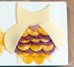 Сырная и мясная нарезка - фото шаг 4