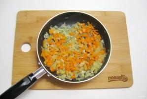 Жареные картофельные пирожки с квашеной капустой - фото шаг 3