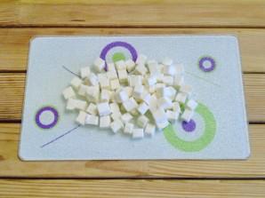 Салат с огурцами и сыром - фото шаг 3