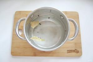 Вареная грудинка из свинины в домашних условиях - фото шаг 2
