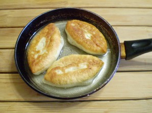 Пирожки с яйцом и зеленью - фото шаг 18