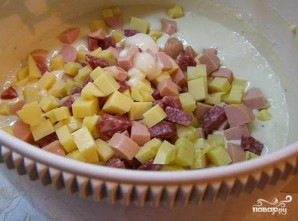 Маффины с сыром и колбасой - фото шаг 2