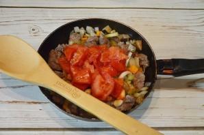 Говядина, тушеная с овощами в томатном соусе - фото шаг 5