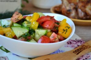 Салат из помидоров, огурцов и перцев - фото шаг 8