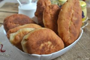 Пирожки с луком на кефире - фото шаг 12