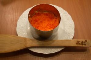 Салат слоеный с сыром - фото шаг 4