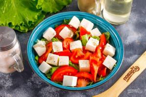 Салат с помидорами и сыром - фото шаг 6