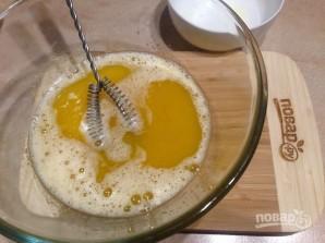 Пирог с консервированными абрикосами - фото шаг 3