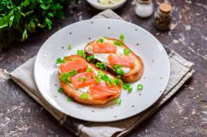 Бутерброды с красной рыбой и яйцом пашот - фото шаг 8