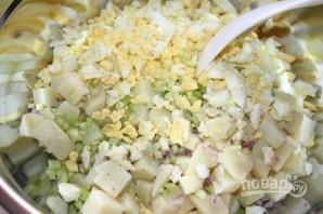 Картофельный салат с яйцом - фото шаг 5