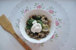 Салат с мясом и жареными шампиньонами - фото шаг 12