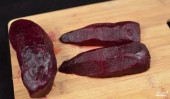 Салат из свеклы с чесноком и майонезом - фото шаг 1