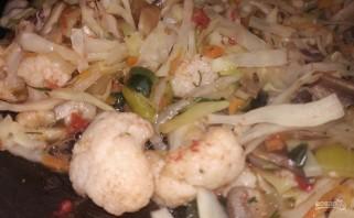 Овощи с грибами без масла - фото шаг 9