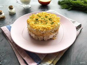 Салат с курицей, сыром и яблоком - фото шаг 8