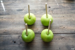 Карамельное яблоко - фото шаг 1