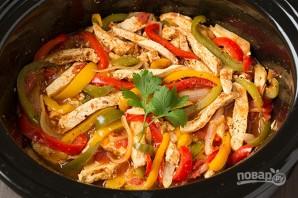 Тушеная курица с овощами в мультиварке - фото шаг 6