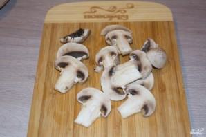 Мясо с шампиньонами в духовке - фото шаг 2