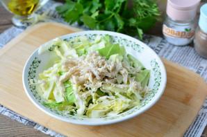 Салат с курицей и белокочанной капустой
