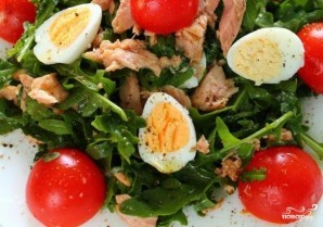 Салат с тунцом и рукколой - фото шаг 4