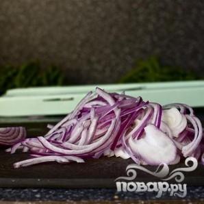Салат с фасолью, луком и миндалем - фото шаг 3