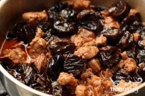 Мясо с черносливом - фото шаг 5