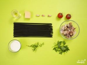Спагетти с чернилами каракатицы и морепродуктами - фото шаг 1