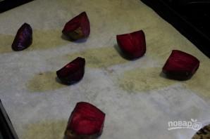 Салат с запеченной свеклой - фото шаг 2