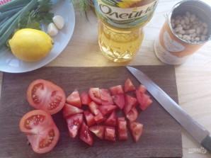 Салат с помидорами и фасолью - фото шаг 2