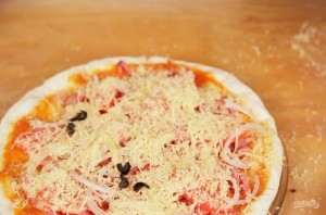 Пицца в микроволновой печи - фото шаг 3