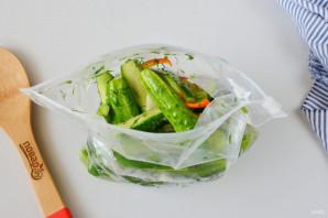 Рецепт засолки огурцов в пакете - фото шаг 5