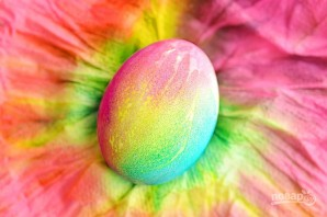 Радужные яйца на Пасху - фото шаг 8