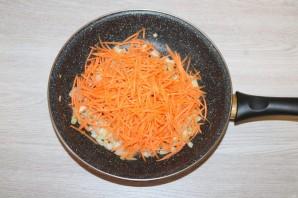 Салат из крабовых палочек с шампиньонами - фото шаг 5