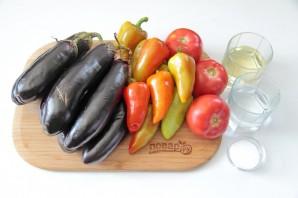 Баклажаны с перцами и помидорами - фото шаг 1
