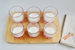 Слоеное желе в стаканчиках - фото шаг 5