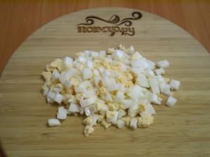 Салат с селедкой и свеклой - фото шаг 5