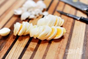 Яичный салат со шпинатом - фото шаг 6