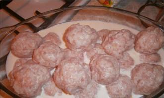 Тефтели со сливками в духовке - фото шаг 1
