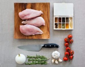 Рецепт шашлыка из курицы в чесночно-луковом маринаде - фото шаг 1
