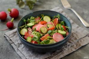 Салат с маринованной редиской - фото шаг 7