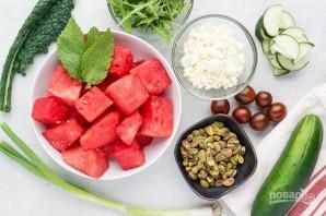 Салат с зеленью, арбузом и фетой - фото шаг 1