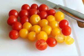 Салат с черри и сыром - фото шаг 2