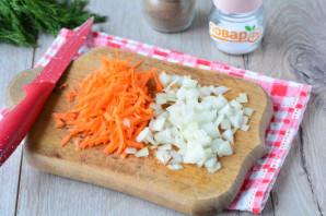 Слоеный салат с сердцем - фото шаг 3