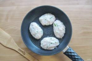 Котлеты с сыром и зеленью - фото шаг 7
