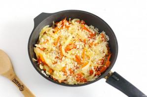 Курица с рисом в духовке - фото шаг 4