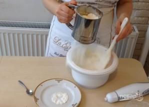 Пышный бисквит на меду - фото шаг 5