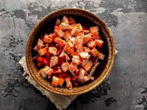 Крабовый салат с маслом - фото шаг 5