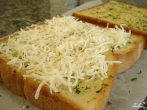 Тосты с сыром и чесноком - фото шаг 5